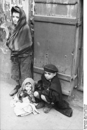 polonia-gueto-de-varsovia-criancas-t13160